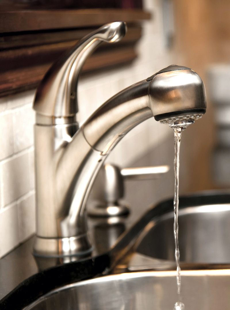 water dripping from kitchen faucet to prevent pipes freezing